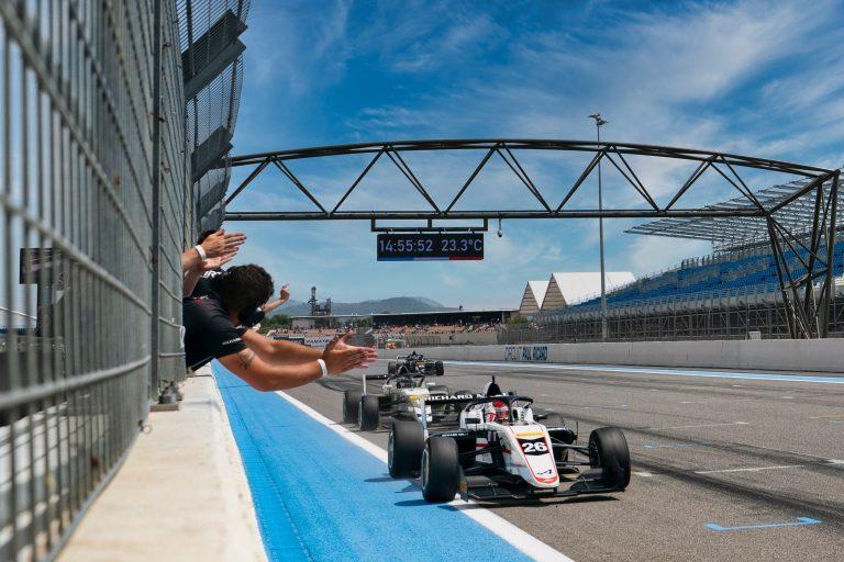 Paul Ricard, Race 1: Saucy, David, Belov and Minì