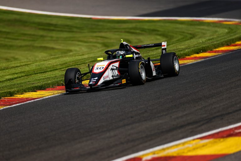 Spa Francorchamps – Collective tests 1: Belov, Saucy and David