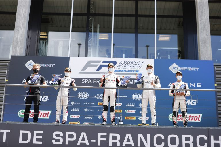 Spa-Francorchamps, Race 2: Saucy and what a show!!!