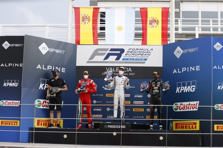 Valencia, race 1: Colapinto resists to Vidales and wins