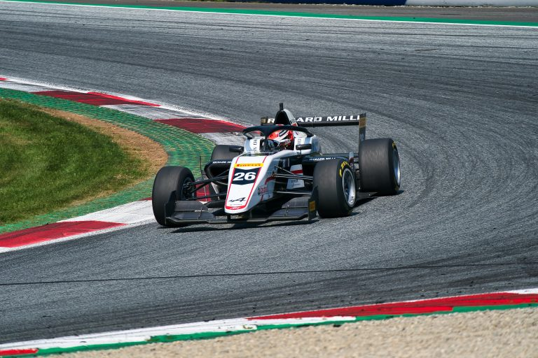 Red Bull Ring, free practice: Saucy and Belov the fastest