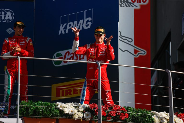 Mugello, Race 1 report: Aron takes his first win